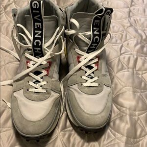 Givenchy TR3 Mid-Top runner sneakers size 43/10